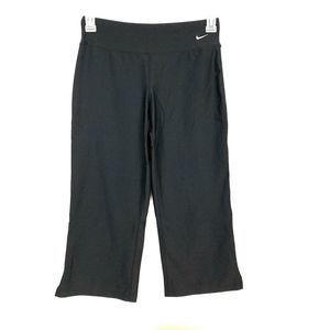 NIKE Fit DRY Black Cropped Athletic Pants Small